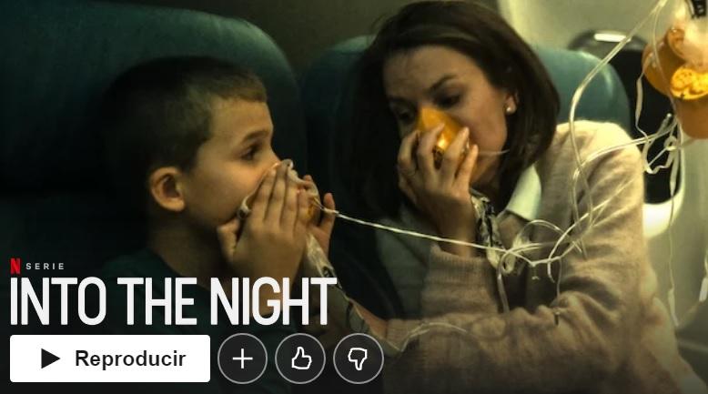 """Into the Night su Netflix """"larghezza ="""" 600 """"altezza ="""" 334 """"/> </p></noscript> <p> <strong> Into the Night </strong> è un thriller emozionante <strong> thriller </strong> basato sul romanzo polacco di Jacek Dukaj """"The Old Axolotl"""". La serie ci trasporta su un volo dal Belgio a Mosca che nel mezzo della notte viene rapito da una persona sconosciuta. Informa i passeggeri che devono rimanere sull'aereo perché a causa di un fenomeno cosmico, <strong> chiunque sia esposto alla luce del sole morirà </strong>. Con questo calcio d'inizio post-apocalittico, Into the Night offre ora la storia elettrizzante della <strong> sopravvivenza </strong> di quelli che potrebbero essere gli ultimi umani del pianeta. </p> <h2> <strong> Kingdom </strong> </h2> <p> <img   alt="""