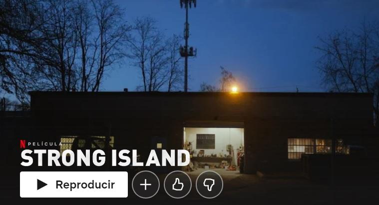 """Strong Island su Netflix """"larghezza ="""" 600 """"altezza ="""" 324 """"/> </p></noscript> <p> Strong Island è un documentario in cui il suo regista, Yance Ford, approfondisce un argomento molto personale. Indaga sull'omicidio sparato <strong> di suo fratello </strong> e su come, essendo una persona di colore, la polizia abbia immediatamente chiuso il caso. <strong> Razzismo </strong><strong> discriminazione </strong> e <strong> impotenza </strong> abbondano in un documento tanto scioccante quanto essenziale. </p> </p> <h2> <strong> Tiger King </strong> </h2> <p> <img   alt="""