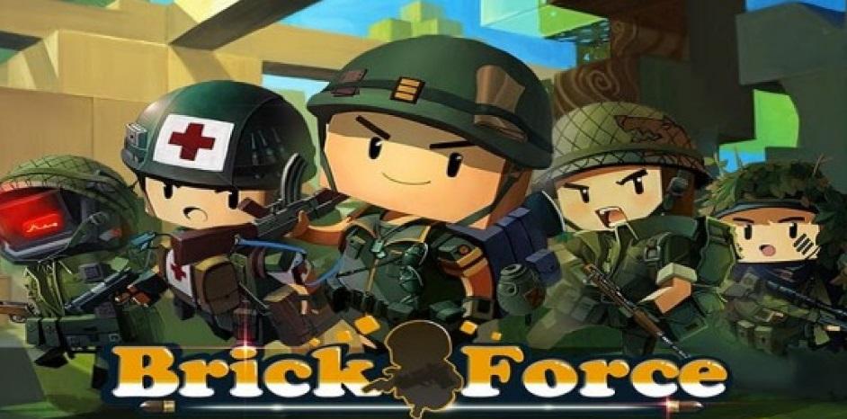 """Brick Force """"width ="""" 600 """"height ="""" 297 """"/> </p></noscript> <p> <strong> Brick-Force </strong> potrebbe essere considerato come l'unione tra <strong> Roblox, Minecraft </strong> e <strong> Counter Strike </strong>. Questo simpatico <strong> <em> sparatutto </em> </strong> <strong> in un mondo aperto </strong> ci permette di creare il nostro campo di battaglia nel più puro stile <strong> sandbox </strong> e poi invitare i nostri amici a combattere in un impegnativo duello all'ultimo sangue. Le regole sono molto semplici, tutto va bene e solo uno può rimanere in piedi. </p> <p> Una delle principali attrazioni di Brick Force si trova nella sua estetica. Ed è inevitabile sorridere vedendo le adorabili <strong> figure di Brick </strong> trasformate in tutti i tipi di combattenti incalliti. Grazie al suo <strong> alto livello di personalizzazione </strong> puoi creare giochi di tutti i tipi, da scontri bellici nello stile più puro <em> Platoon </em> a duelli western, gare nello spazio e persino epiche battaglie fantasy . Scegli tu. </p> <p> Come puoi immaginare, il punto chiave di Brick-Force è l'abilità <strong> di creare il campo di battaglia </strong>. Fortunatamente, il titolo è pienamente conforme, in quanto ha blocchi infiniti per costruire tutto ciò che puoi immaginare. A tutto questo dobbiamo aggiungere un totale di <strong> 8 modalità di confronto PvP </strong> (Player Versus Player) e un arsenale molto completo per sconfiggere il tuo nemico. Hai il coraggio di provarlo? </p> <p class="""
